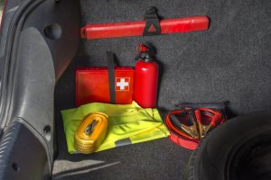 Emergency Winter Car Kit